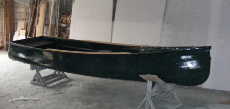 Canoe din fibra de sticla de vanzare lungime 4.50